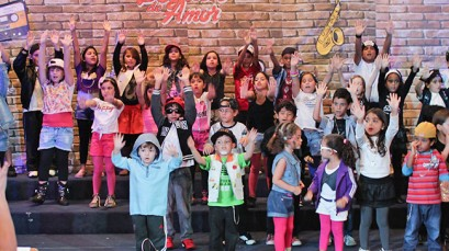 Coro infantil apresenta musical neste domingo
