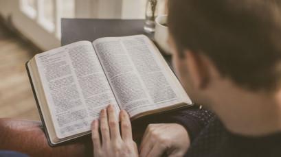 Cursos temáticos na Escola Bíblica Emanuel