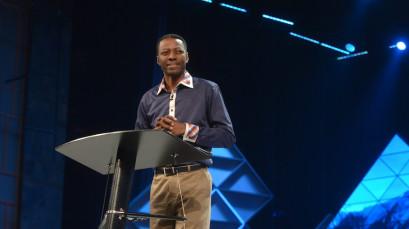 Summit Degustação exibe palestra inédita com Sam Adeyemi